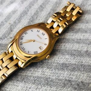 Gucci Watch Swiss Made Gold and Steel 5400 Series